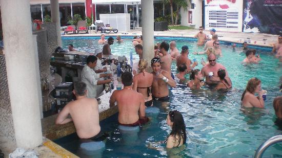 Swingers hotel cancun dude has