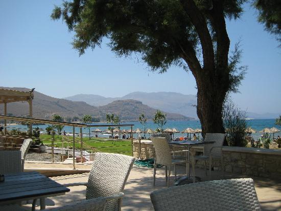 Nautilus Bay Hotel: Nice breakfast/restaurant terrace