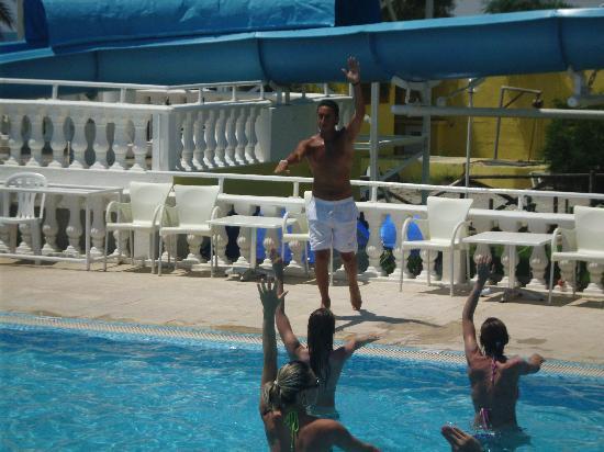 Samira Club: Der Pool (Aqua gym)