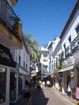 Marbella Old Quarter: streets