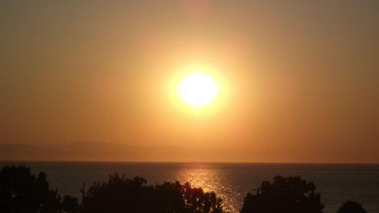 PrimaSol Archipelagos: Sun rise from balcony