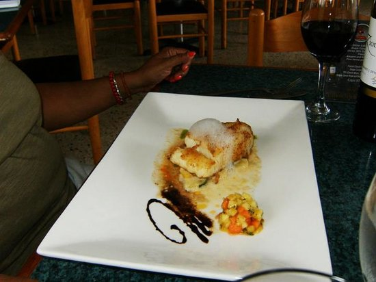 Rosa's Sea Food: Chilean Bass.....delish!!