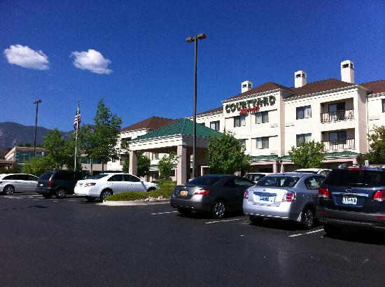 Outside of Marriott Courtyard Colorado Springs South