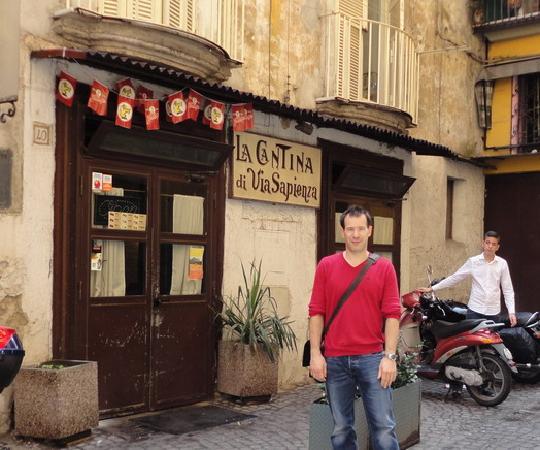 Me outside La Cantina di Via Sapienza