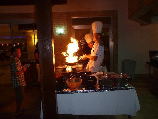Saphir Resort & Spa: Pasta being prepared