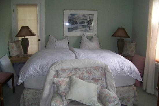 Austrian Haven Bed and Breakfast: bedroom