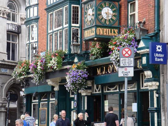 O'Reillys of Templebar: Look for this place--easy to find