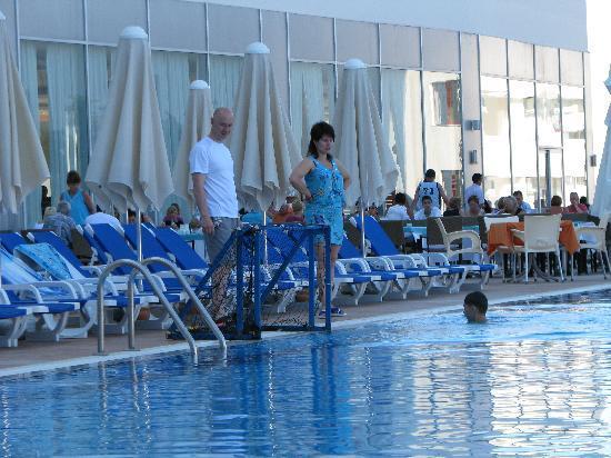 Narcia Resort Hotel: большой бассейн