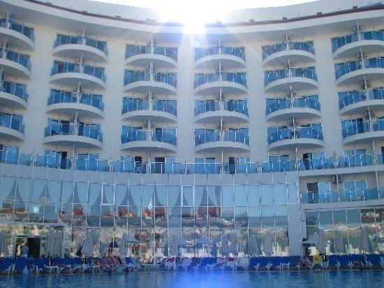 "Narcia Resort Hotel: ""Нарсия Резорт"""