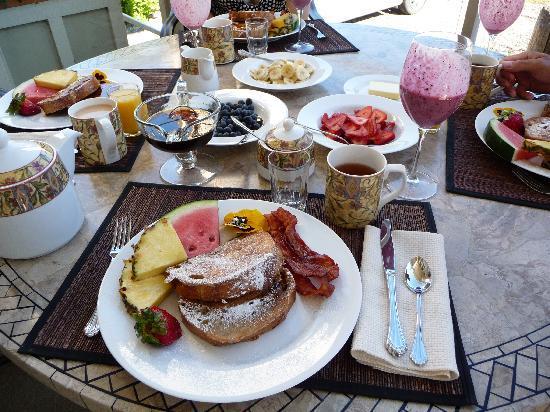 Ogopogo B & B : breakfast