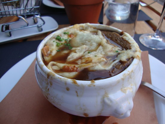 Highpoint Bistro & Bar: Yummy Spanish Onion Soup