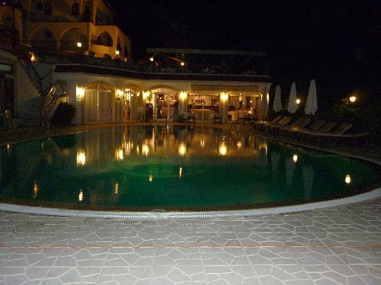 The Hideaway Club Hotel: pool at night