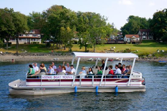 East Shore Lodging: Wallenpaupack Scenic Boat Tour