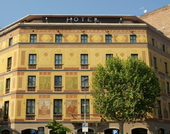 facade of hotel catalonia berna picture of catalonia eixample 1864 barcelona tripadvisor. Black Bedroom Furniture Sets. Home Design Ideas