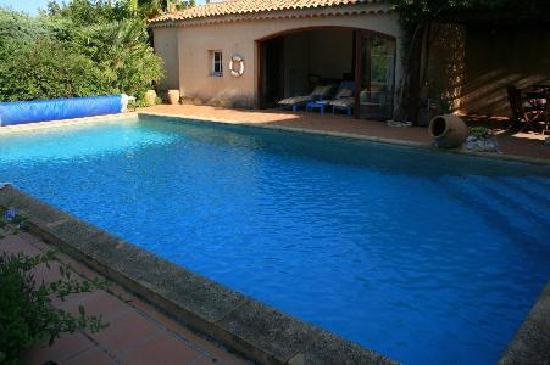 Le Huis Clos : la piscine