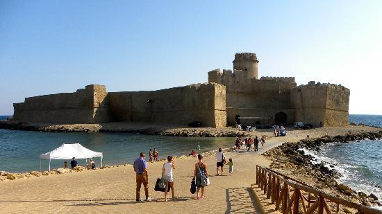 Da Capo Colonna a Le Castella: Castello Aragonese