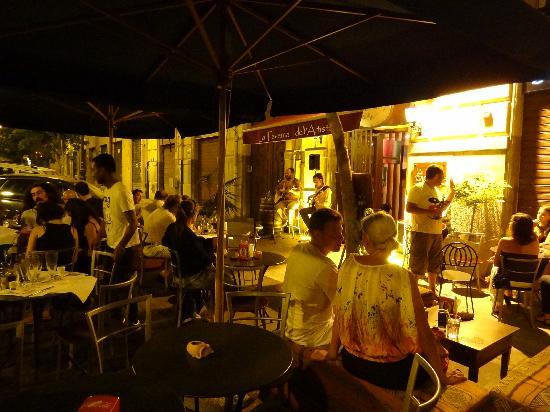 La Taverna Dell'Artista: La terrasse