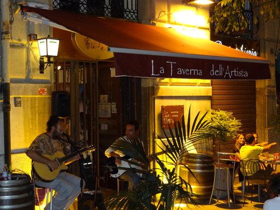La Taverna Dell'Artista: Les artistes