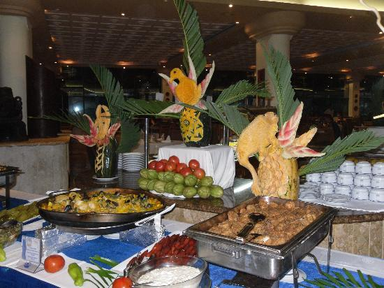 Sirenis Punta Cana Resort Casino & Aquagames : Buffet