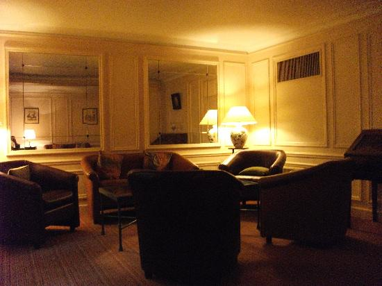Hotel des Saints-Peres: Salon/Hall