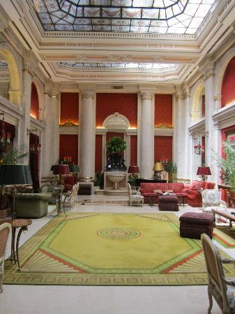 Hotel Avenida Palace: Main Salon