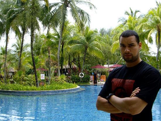 Moi A La Piscine moi et la piscine - picture of parkroyal penang resort, malaysia