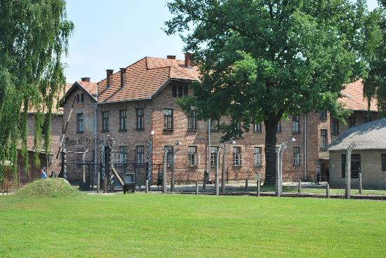 Pro Tours Cracow - Day Tours: Auschwitz I