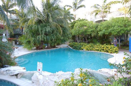 رويال وست إندياز ريزورت: Quiet Pool Area