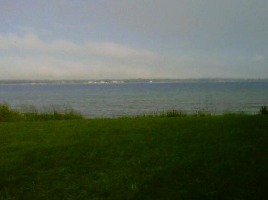 Harbor Fish Market & Grille: Our view of Lake Michigan from the Dining Area