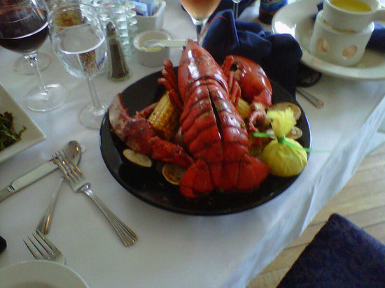 Harbor Fish Market and Grille: Plated Lobster Boil