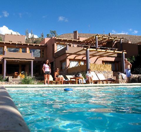 Las Marias Hotel Boutique : panoramica pileta y hotel