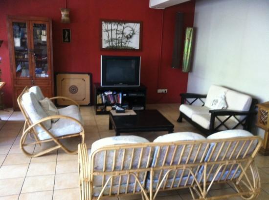 Akinabalu Youth Hostel: TV area