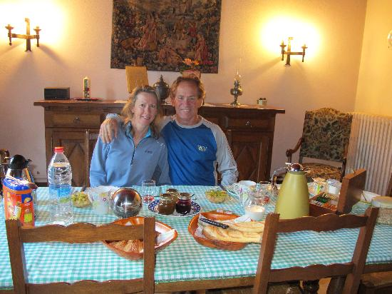 Beaugency, Frankrig: Breakfast setting at Chez Jacques & Sylvie