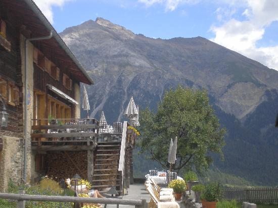 Maiensässhotel Guarda Val: Terrasse vom Gourmetrestarant