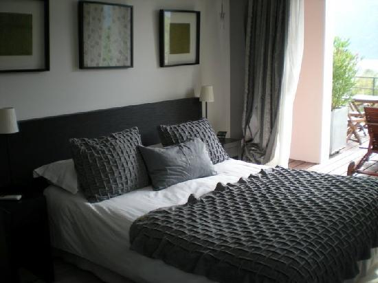 Chambre - Picture of Les Suites du Lac, Aix-les-Bains - TripAdvisor