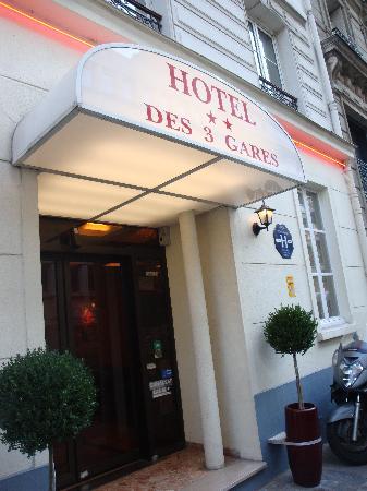 Hôtel Des Trois Gares: Entrada del hotel