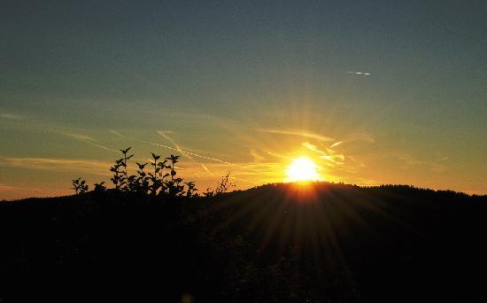 Logis La Bouloie: Coucher de soleil vu du balcon