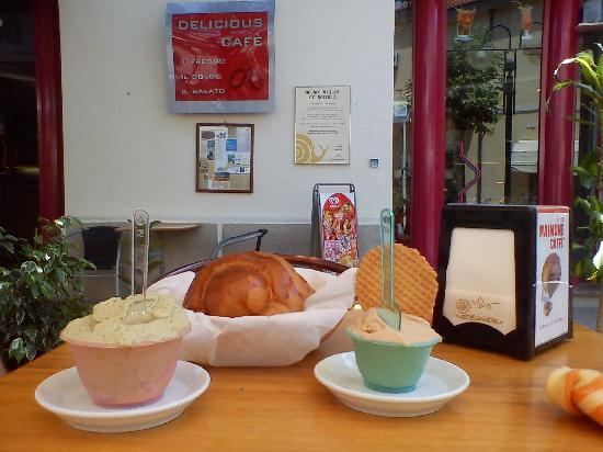 Delicious Cafe: Coppette e brioches