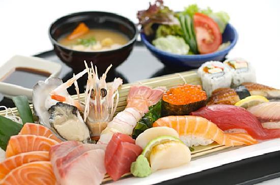 Arigato Sushi Restaurant: Sushi & Sashimi