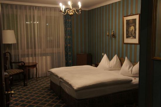 Savoy Hotel Vienna: ベッドルーム