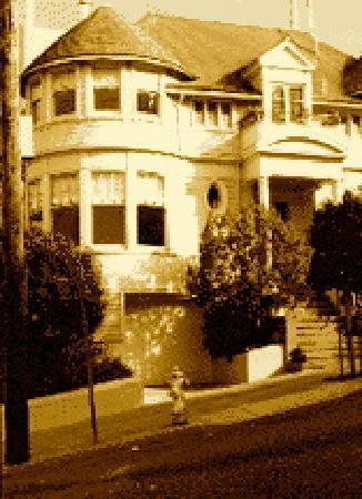 Victorian Home Walk: Mrs. Doubtfire house