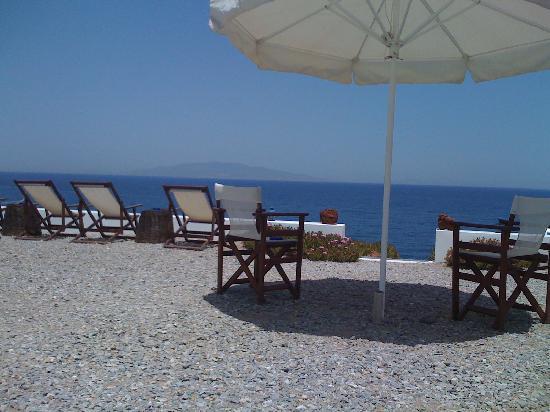 Almyra Studios: Private lounge area on the sea