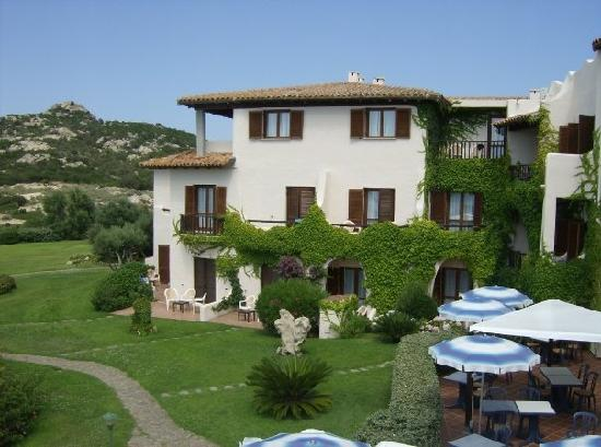 Hotel Cala Cuncheddi : Overview