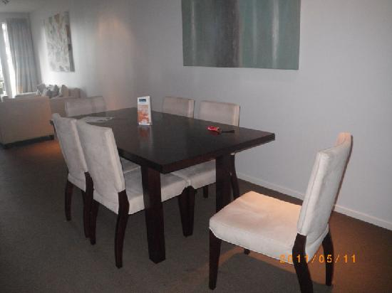Wellington: Boulcott Suites:lounge/dining