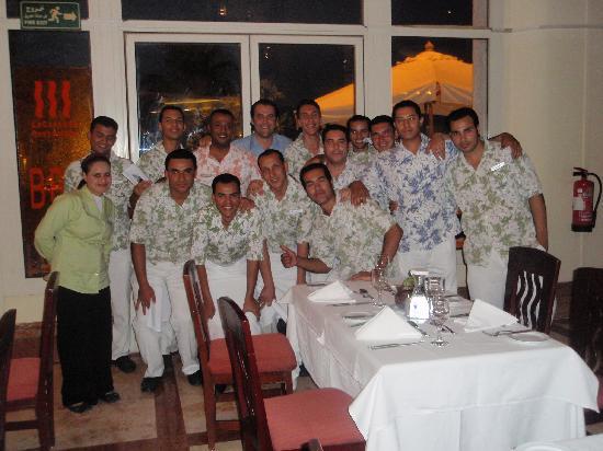 Hilton Sharm Waterfalls Resort: The happy Cascade-team