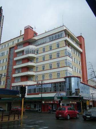 Kelvin Hotel: Front of hotel