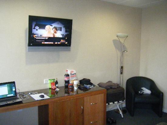 Kelvin Hotel: TV