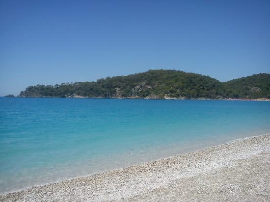 Ova Resort Hotel : fab sea lovely pale blue