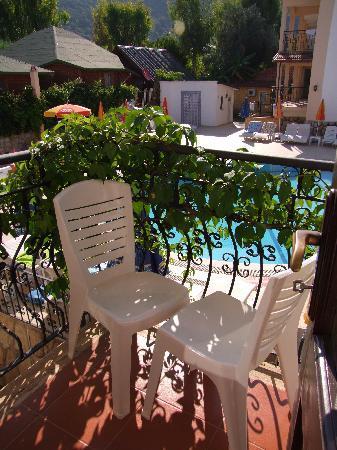 Karbel Beach Hotel: our little balcony