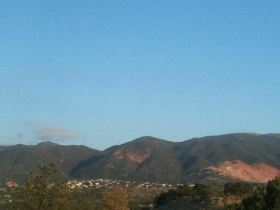 Colorado Springs Marriott: View from room at sunrise